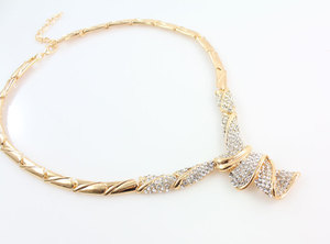 Image 3 - Conjuntos de joyas de boda con diamantes de imitación de aleación de Color dorado, collar, pulsera, anillo, pendientes para mujer, novia, venta al por mayor