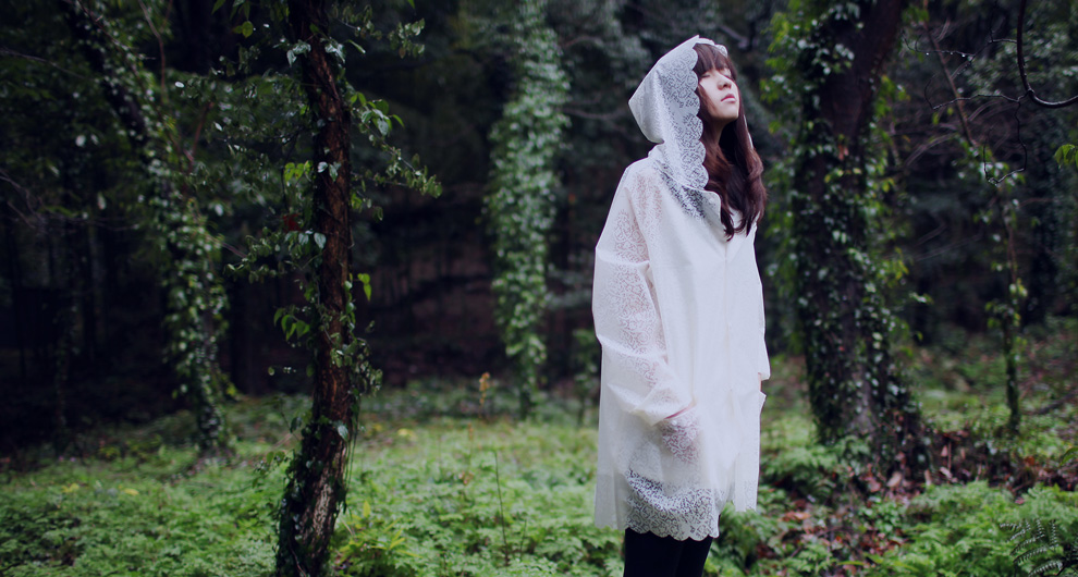 100% Original Top Quality Beautiful Fairy Lace Translucent Tasteless Super-soft And Lightweight Raincoat Poncho Adult