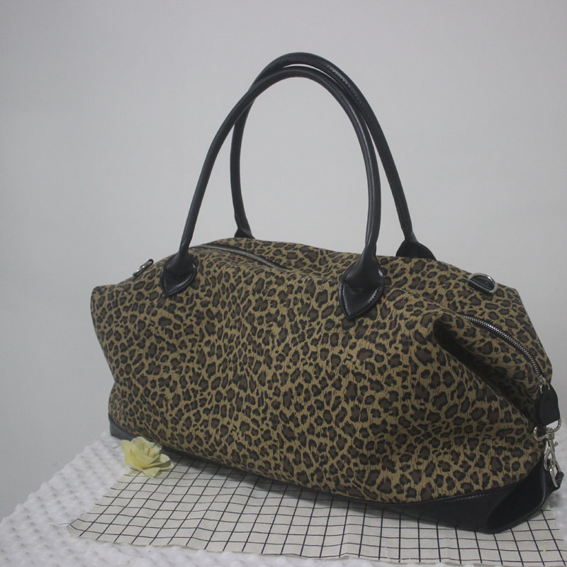 Personalize Canvas Travel Duffle Bag Zipper Closure Leopard/Cheetah Weekender Bag Gifts for Travelers