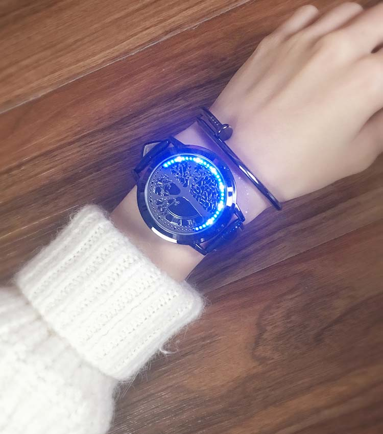 HTB1SWWih0knBKNjSZKPq6x6OFXaw - New Casual Fashion Elegant Lady Quartz Bracelet Women Wristwatch LED Jewel Lucky Clover Stainless Steel Case Montre Femme