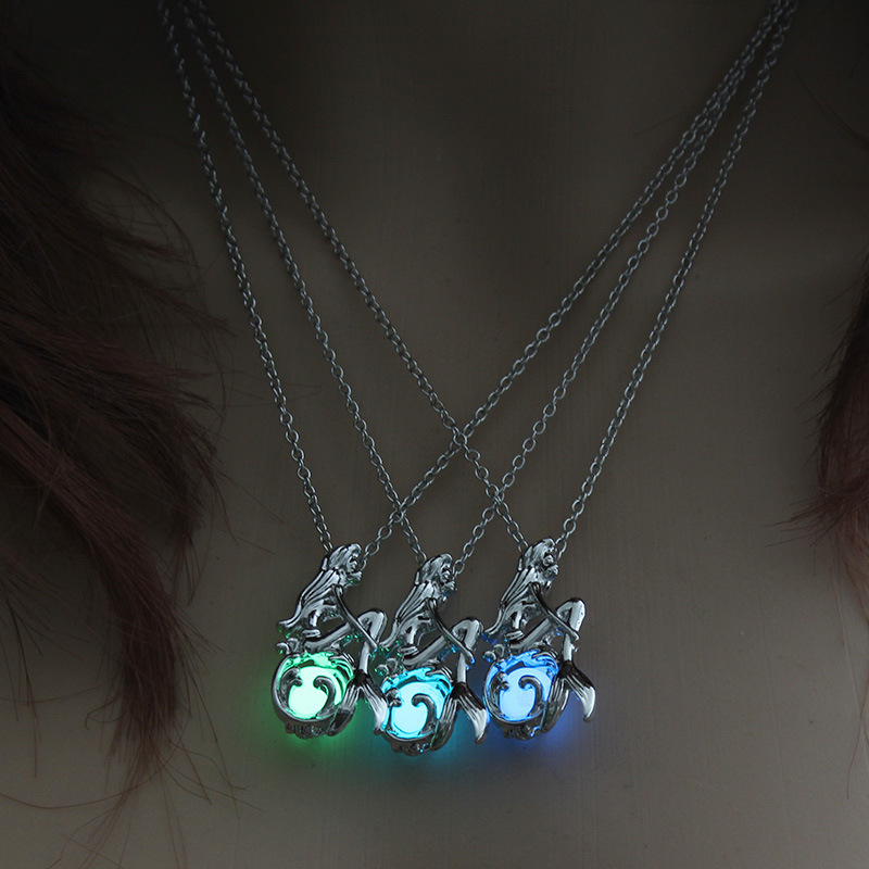 Summer Jewelry with Glow in the Dark Necklace Silver Color Mermaid Pendant Locket Pendant Luminous Stone Neklace for Unisex