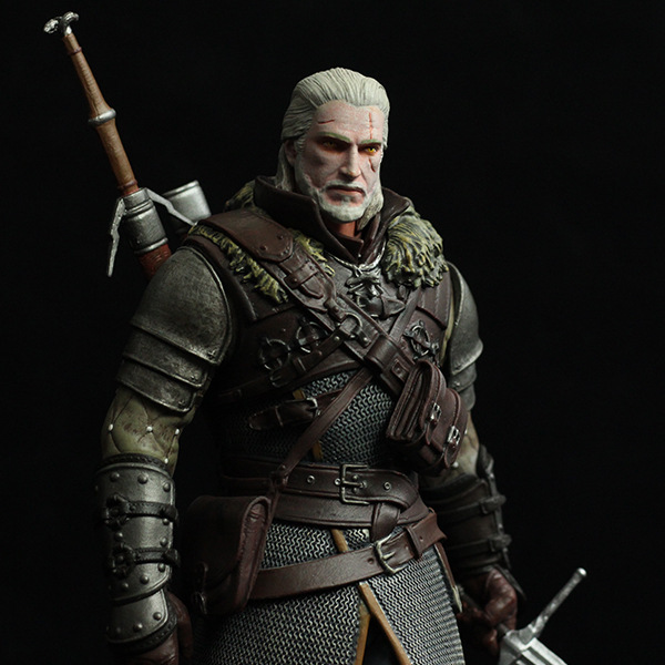 New Arrival Dark Horse Deluxe The Witcher 3: Wild Hunt: Geralt Grandmaster Ursine Figure the witcher figure 2