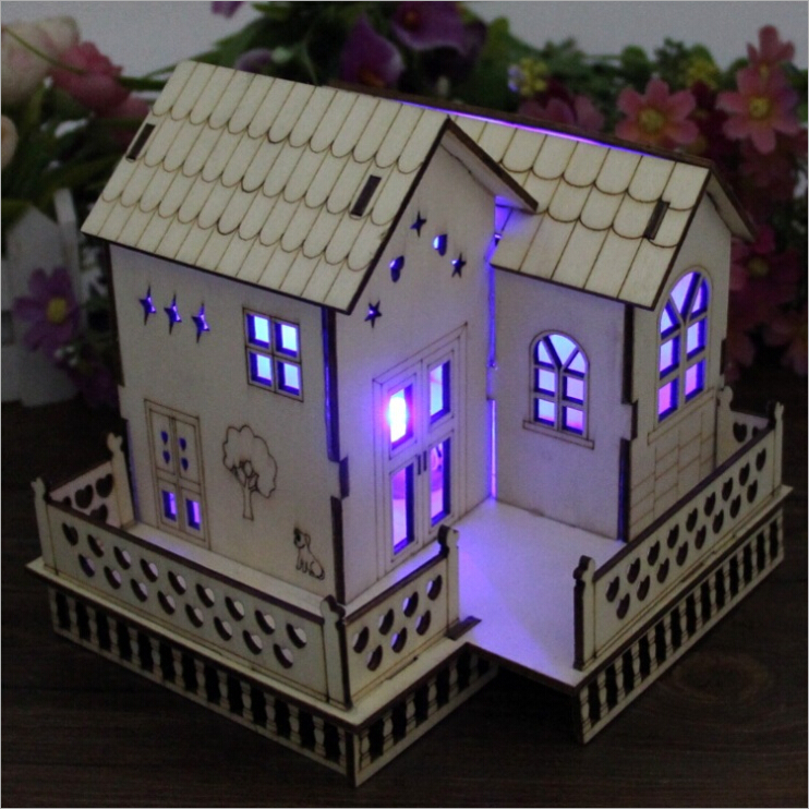 Art and craft house model