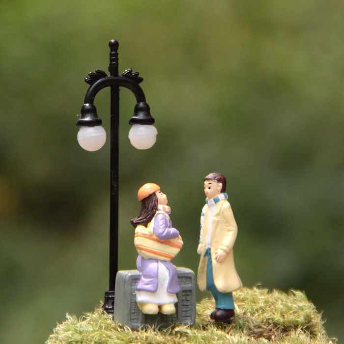 Girl and boy lover couple fairy garden miniatures gnomes moss terrariums crafts for home decoration accessories Valentine's Day