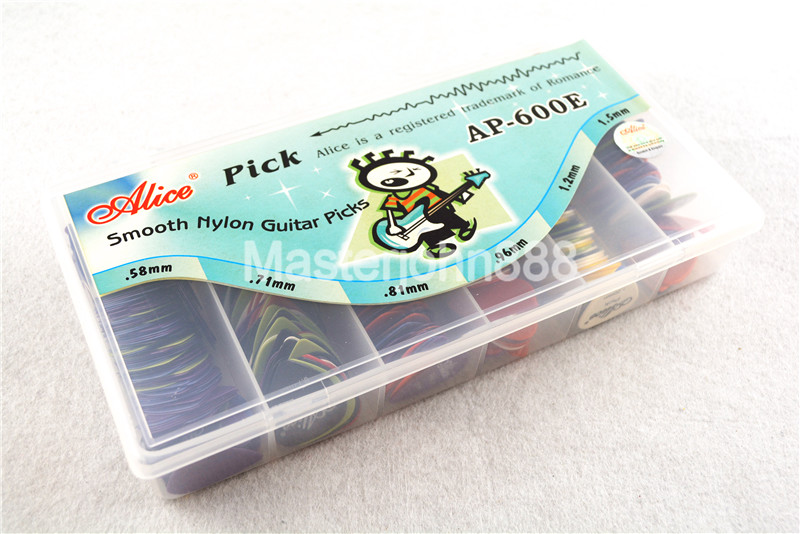 Lots of 600pcs Alice Colorful Smooth Nylon Electric/Acoustic Guitar Picks 6 Thickness Assorted Plastic Box Wholesales