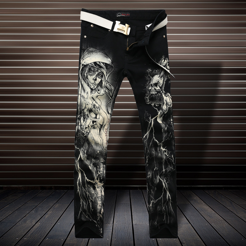 2016 Black And White Tide Brand Korean Slim Small Straight Legged Trousers Are Painted Jeans Printing