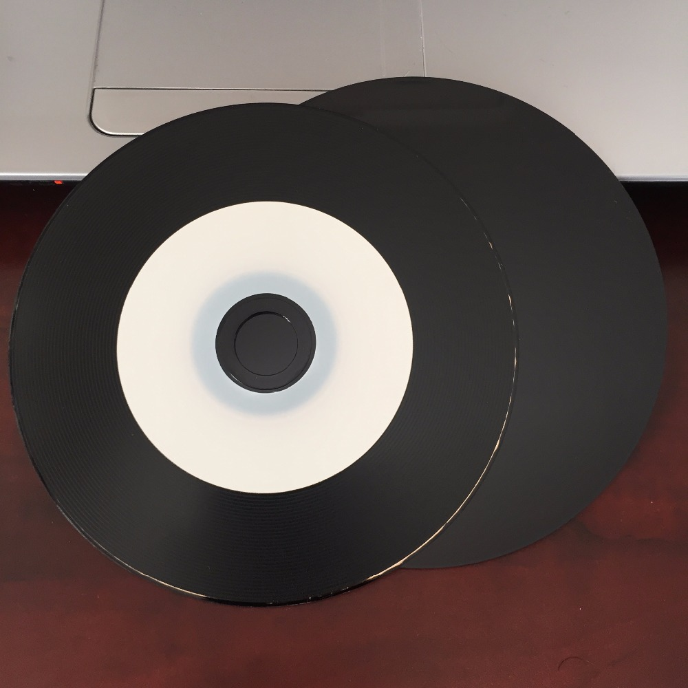 graphic relating to Blank Printable Cds identified as Wholesale 5 discs 700MB 52X White and Black Blank Printable CD-R Disc