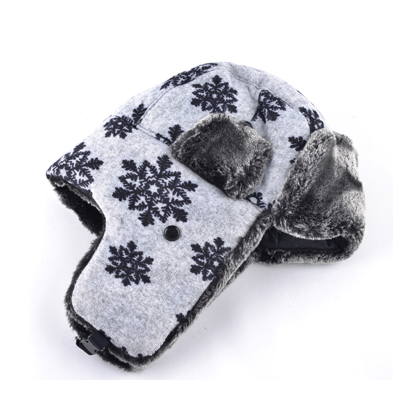 2017 Snowflake women winter hats for men ear cap Lei Feng warm caps bone men  and women wool hat male female caps soviet bombers -in Bomber Hats from  Apparel ... 9afe0942cb19