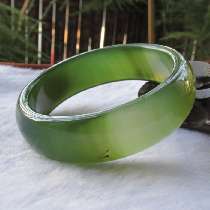 natural  green yu bracelet winding  genuine female  manao Bracelet/