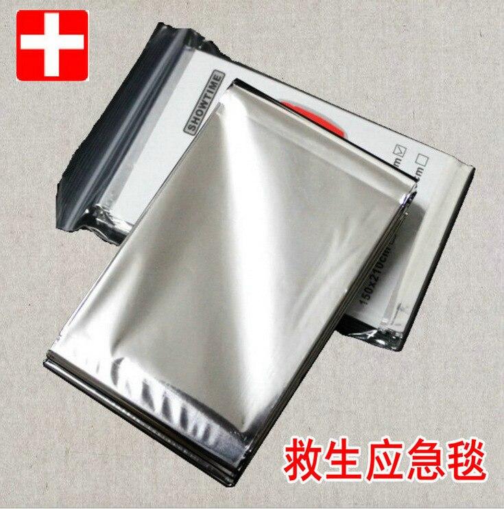 Silver emergency blanket insulation blanket sunscreen lifesaving emergency survival blanket