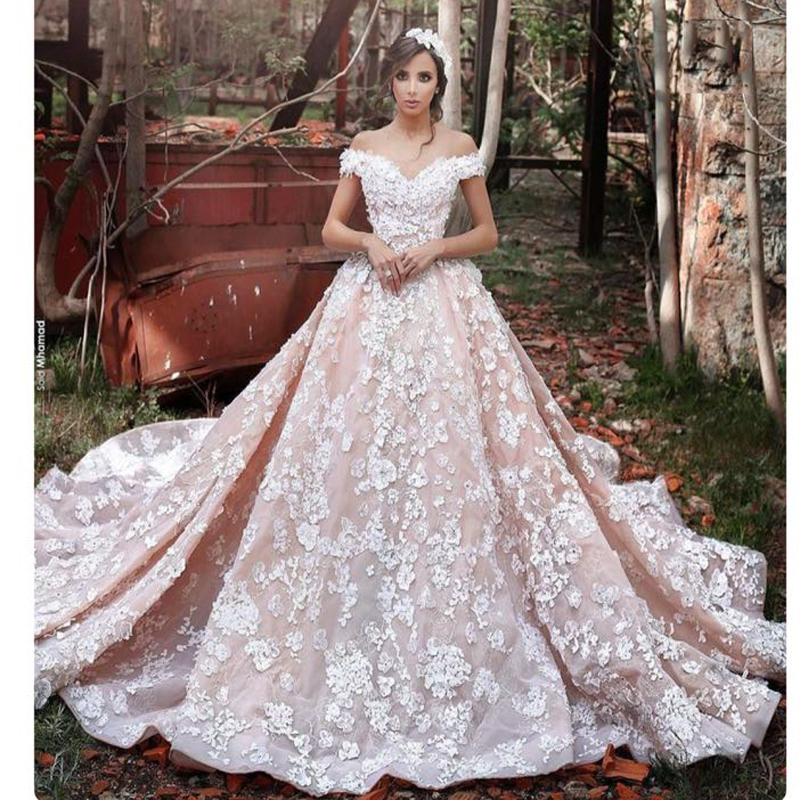 Romantic Flowers Wedding Dress Applique Ball GownCap Sleeve Wedding Gown Royal Train Bridal Dress Cathedral Gowns