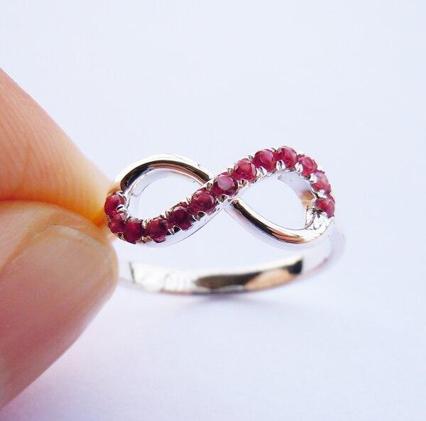 Wellmade искусственного рубина одноцветное стерлингового серебра 925 Бесконечность кольцо
