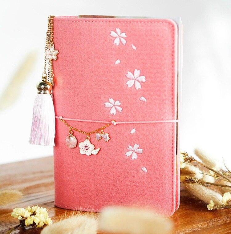 A5/6 Corea lindo fieltro planificador cuaderno suministros de papelería japonés Sakura diario libreta personal espiral anillo carpeta planificador-in Cuadernos from Suministros de oficina y escuela on AliExpress