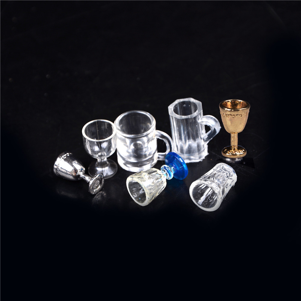 1/2Pcs Mini Wine Beer Cup Transparent 1:12 Scale Plastic Goblet Miniature Dollhouse Craft Home Decoration Glass Model DIY Parts