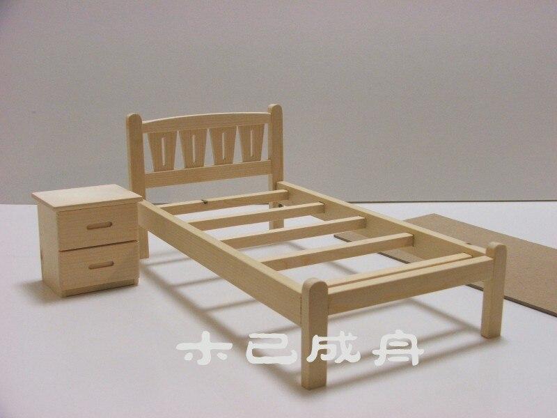 Mobili per casa di bambole Barbie legno comodino in legno scala 1//6