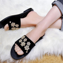 Woman Slipper Crystal Embellished Flower Woman Slides Outdoor Indoor Shoes  Women Korean Stylish Shoes Open Toe a1920e2b31c9