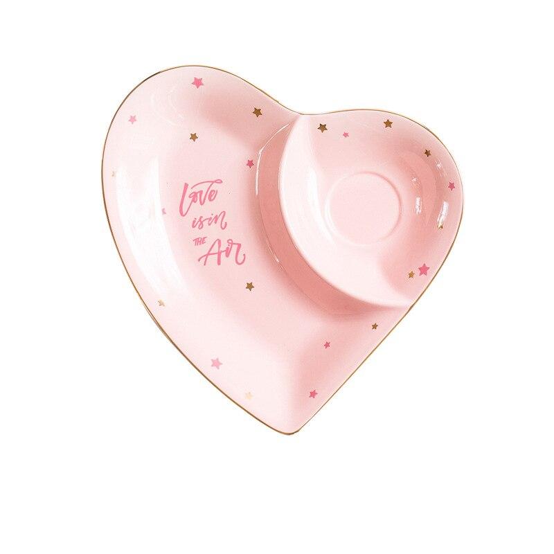 Nordic Heart Shape Ceramic Dinner Plate Letter Glazed Painting Porcelain Breakfast Dessert Cake Snack Dish Tray Dinnerware