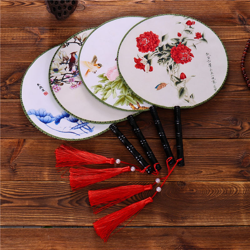 Chinese Round Fan Classical Vintage Wood Hand Flower Foldable Fan For Performance Dance Women Wedding Event Party Dance Gift