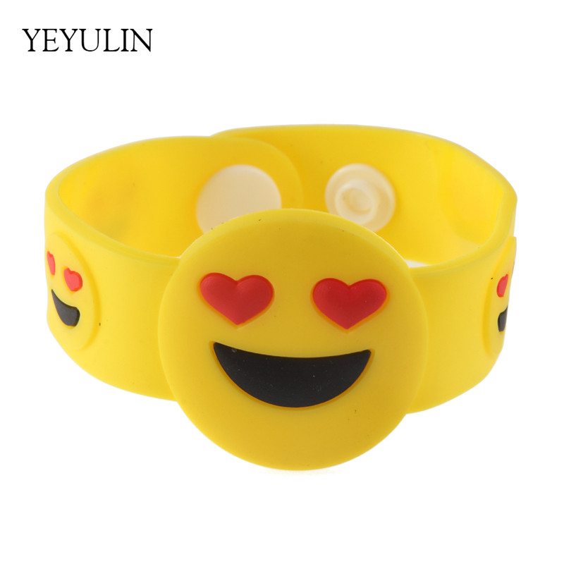Multi-style Funny Smile Cry Emoji Silicone Bracelet Fashion Cute Wide Snap Bangle Jewelry For Kids