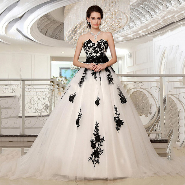 5dd94f88a27 Plus Size Black And Ivory Wedding Dress Lace Applique Sweetheart Tulle Ball Gown  Bridal Gowns Embellished