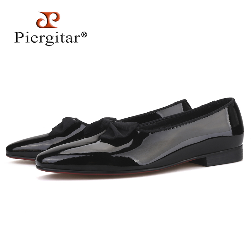 Piergitar 2019 Handmade men patent leather shoes with new bow-knot Fashion men loafers red bottom mens casual shoes plus sizePiergitar 2019 Handmade men patent leather shoes with new bow-knot Fashion men loafers red bottom mens casual shoes plus size