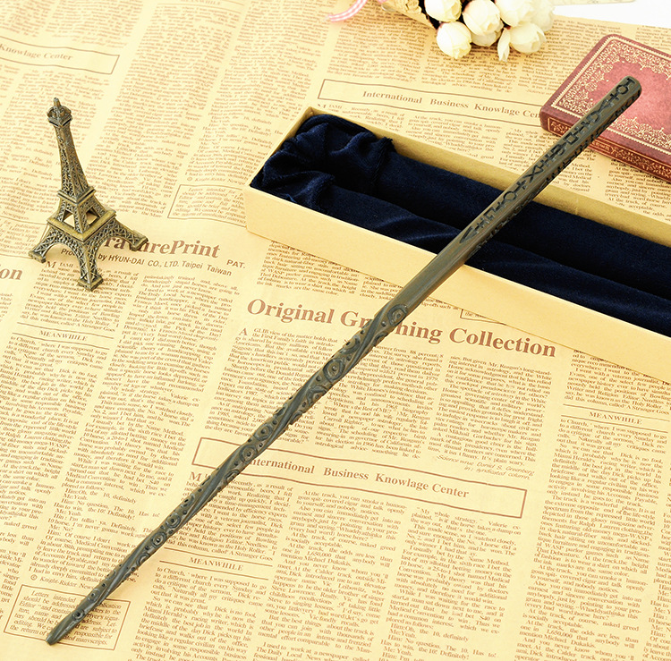 Colsplay Metal Core Newest Quality Deluxe COS Harry Potter Magical Sirius Black Magic Wands/Stick with Gift Box Packing collins russian gem dictionary
