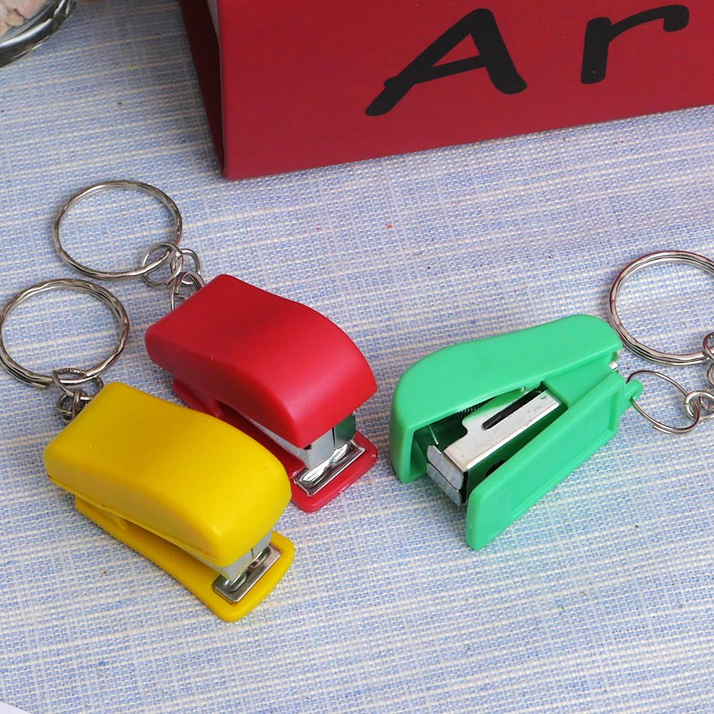 1PCS Mini Stapler Plastic Stationery Set Kawaii Stapler Paper Office Accessories About 100Pcs Staples Free SHIPPING