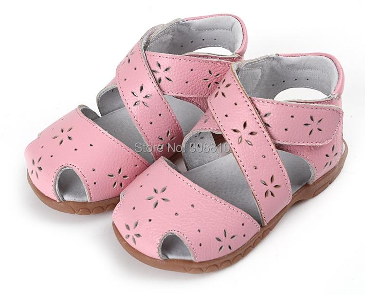 Girls Sandals Genuine Leather Soft Toddler Shoes Pink Closed Toe Summer Shoes Rome Sandals Flower Cutouts For Bebe Enfantil