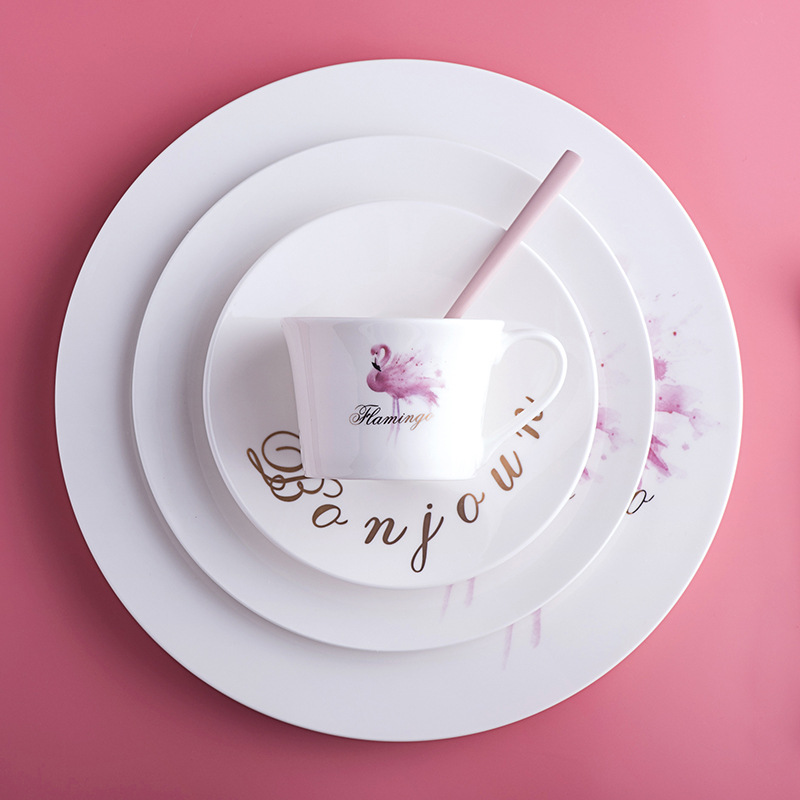European Pink Girl Style Porcelain Steak Plate Salad Dish Coffee Cup Saucer Fork Knive Flamingo Ceramic Tableware Set 7 Pieces