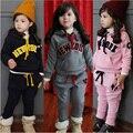 La ropa de la muchacha, 3-8 años muchachas se divierte la ropa trajes Sets niños sudadera con capucha + pantalones de color rosa negro Outfit chándales sudaderas