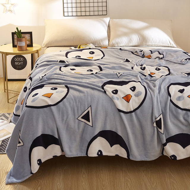 Cute Penguin Fleece Blankets On The Beds Polyester Soft