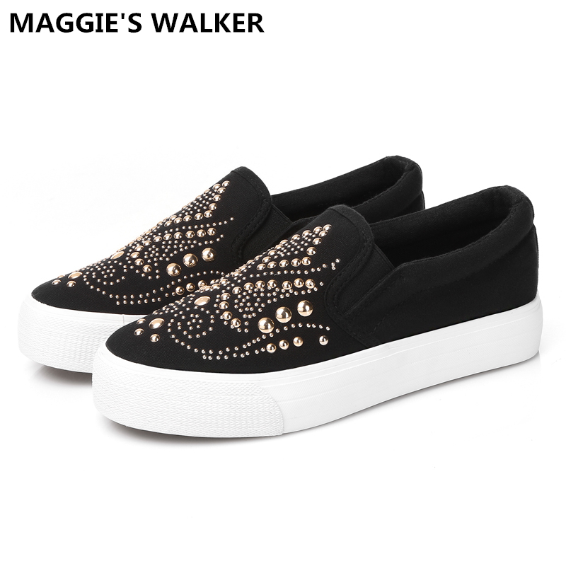 Maggie's Walker  Women Fashion Canvas Shoes Spring Platform Casual Shoes Slip-on Loafers with Rivet Size 35~40 free shipping new arrival 2017 women trendy candy colored slip on canvas shoes platform canvas casual loafers size 35 40