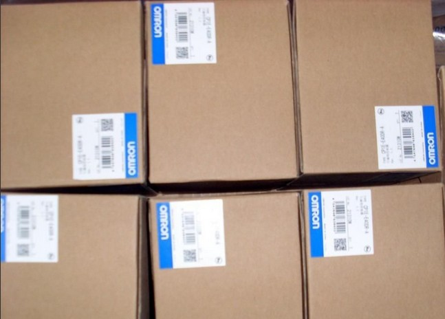 FreeShipping CQM1 series PLC CQM1-ID212, INPUT MODULE 16POINT 12-24VDC 5-10MA CQM1ID212, CQM1 ID212, 1 Year Warrenty недорого