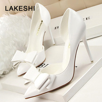 LAKESHI/2018 модные женские туфли-лодочки, пикантные свадебные туфли на высоком каблуке, однотонные женские туфли на шпильке с острым носком и ба...