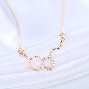 Image 4 - Kinitial 30 قطعة السيروتونين قلادة السيروتونين جزيء 5 ht قلادة الكيمياء قلادة هرمون DNA سلسلة قلادة مجوهرات
