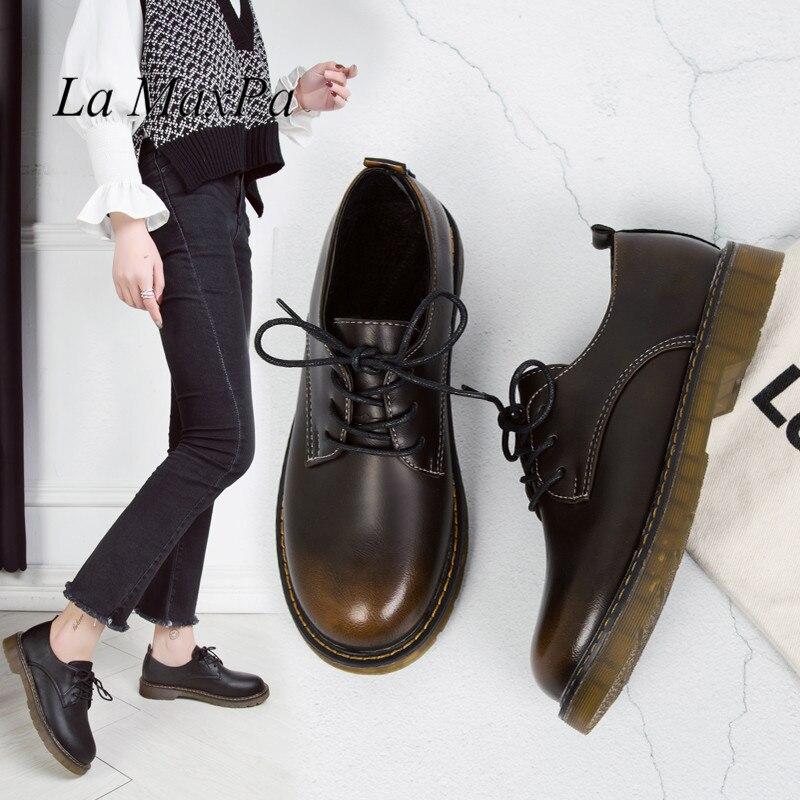 Mulheres pu de couro oxford shoes mulher flats primavera brogues do vintage rendas artesanais Mocassins Sapatos mocassins casuais Gradiente