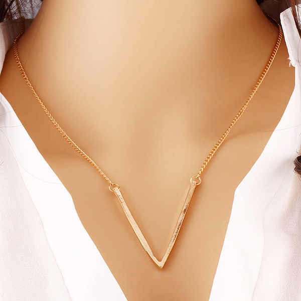 Fashion Simple Necklace 2016 Glod Plated,Elegant Big V Pattern Clavicle Fatima Bar Necklace Pendents,Shirt Neckless Women
