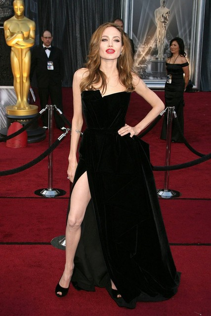 f8af0483cb Angelina Jolie Red Carpet Dress Sexy negro vestido de la celebridad Side  dividir vestido de fiesta