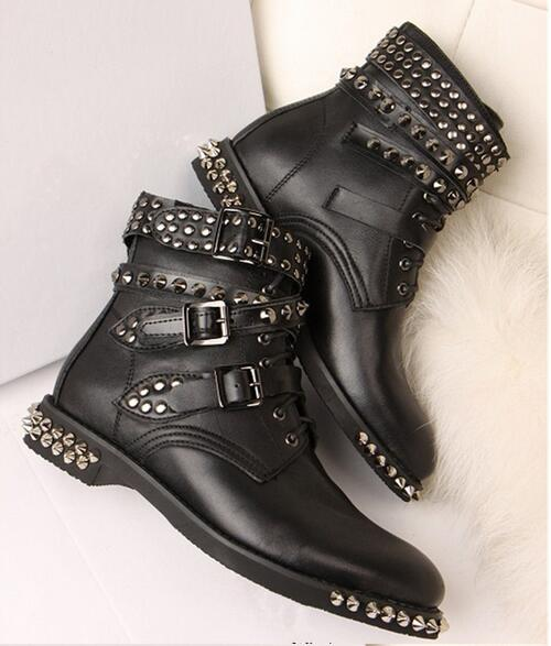 Spring new British fashion rivets studded martin boots black leather buckles strap flat heel ankle boots for woman size 35-42 short boots woman the fall of 2017 a new restoring ancient ways british wind thick boots bottom students with martin boots