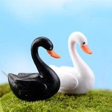 2 шт./лот, черно-белая Статуэтка лебедя, украшение, мини-сказочный сад, статуя животных, миниатюрные домашние настольные украшения, изделия и...