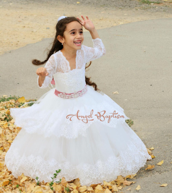 Modest V-neck sheer lace long sleeves flower girl dresses the first communion tiered ball gowns white wedding birthday frocks black wave point lace up v neck long sleeves chiffon blouse