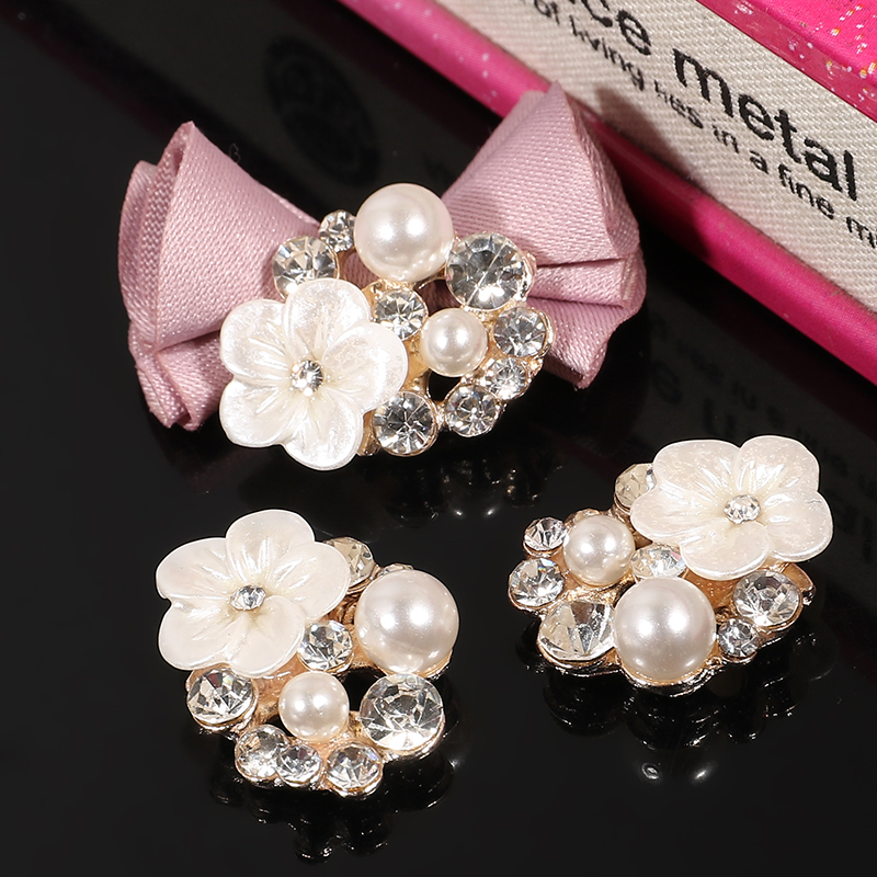 Engood 2018New 100Pcs Rhinestone and White Flower Pearl Buttons for DIY hair accessories and wedding decoration