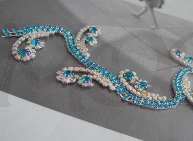20CM Lot 2cm Width Crystal Blue Green Glass Rhinestone Applique Trim Chain  for Dress Decoration 8ddab98fd28d