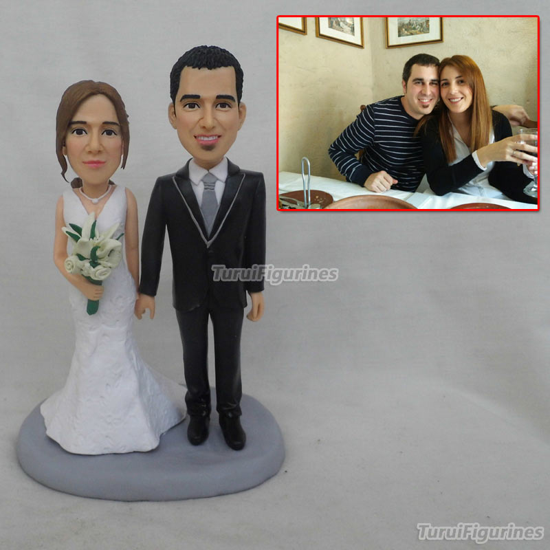 Custom Bobblehead Customize Bride and Groom Cake Toppers Soccer Fans Cake topper Wedding anniversary souvenir by Turui Figurines