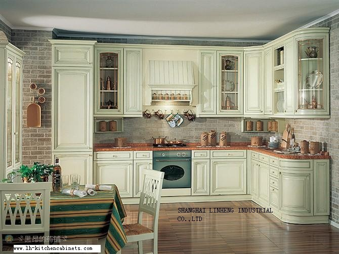 Solid wood european style kitchen cabinet lh sw022 in for European kitchen cabinets
