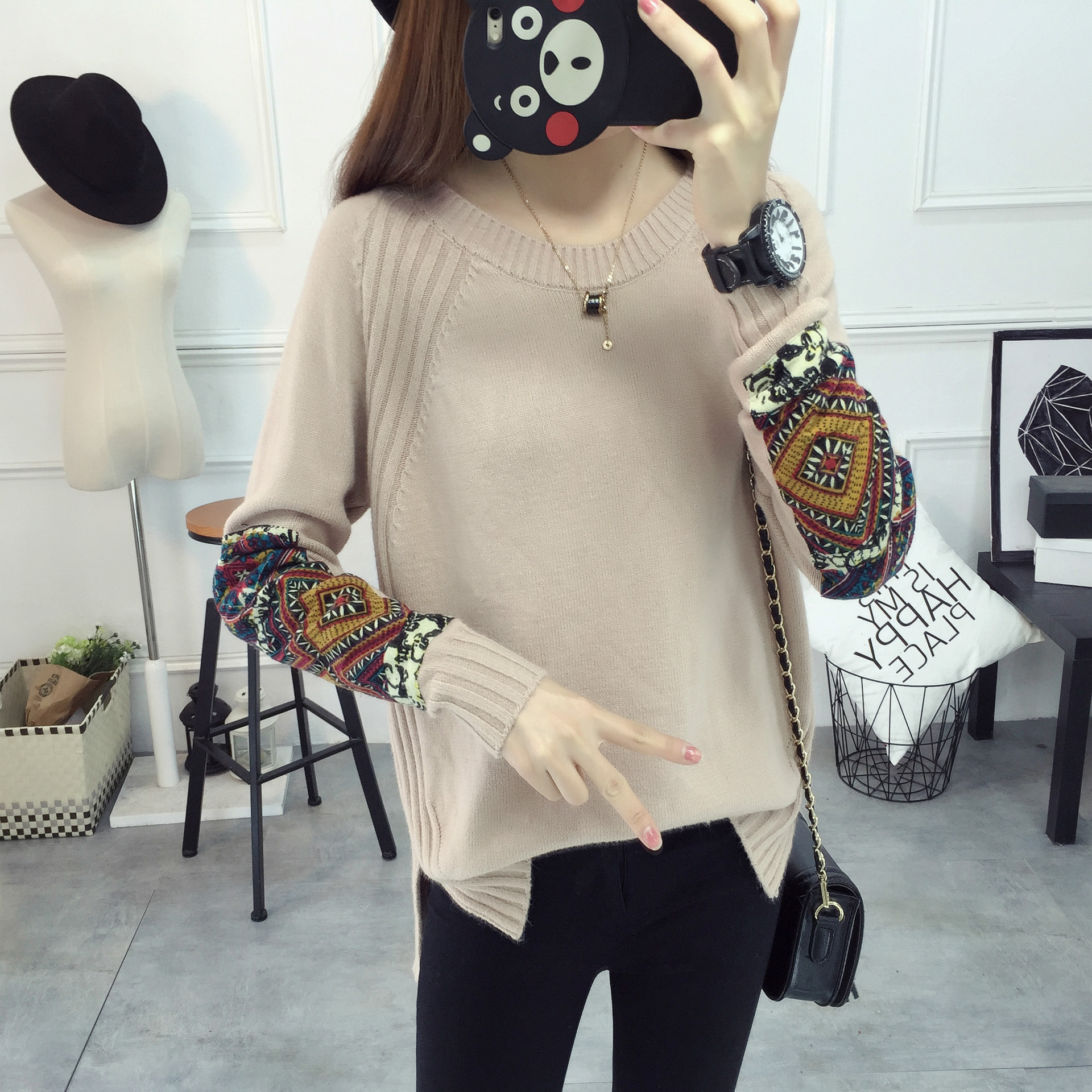 Bottoming shirt short paragraph sweater female spring Korean version of the Slim round neck blouse long sleeve patch cloth women