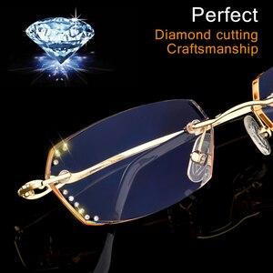Image 4 - الماس قلص بدون شفة نظارات للقراءة النساء عالية الجودة موضة العلامة التجارية الفاخرة مكافحة الضوء الأزرق طويل النظر سيدة النظارات Q104
