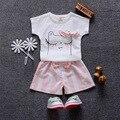 2016 nuevo traje de verano gato de dibujos animados patrón de la camiseta + pantalones rayados 2 unids ropa de las muchachas de bebés niñas bebés para recién nacidos pijamas