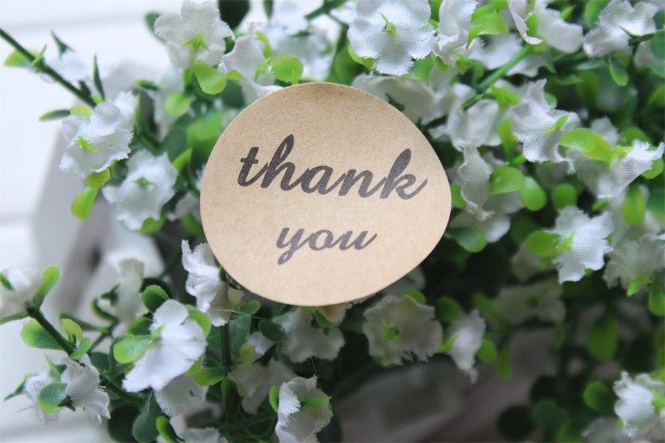 Thank you round shape kraft paper sticker sealing gift stickers thank you round shape kraft paper sticker sealing gift stickers wedding labels coffee bakery food 15inch 38mm 1200pcs lot in decorative films from home mightylinksfo
