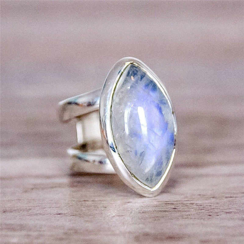 BOAKO Vintage Tibetan Silver Big Stone Crystal Rings For Women Boho Indian Moonstone Ring Womens Fine Jewelry Gift bijouterie Z3